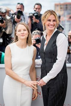 Jodie Foster & Julia Roberts
