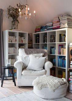 A cosy reading corner in the loft. A cosy reading corner in the loft. Cosy Reading Corner, Comfy Reading Chair, Reading Chairs, Comfy Chair, Reading Areas, Cozy Corner, Cozy Reading Rooms, Reading Room Decor, Reading Books