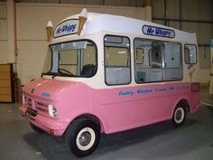 Bedford CF Ice Cream Van Bedford Blitz, Vintage Ice Cream, Ice Cream Van, Cool Vans, Vintage Caravans, Ice Cream Flavors, Food Trucks, Tricycle, Vintage Photographs