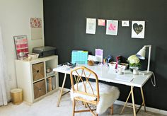black-accent-wall-