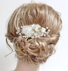 Champagne & Ivory Bridal Hair Comb- Wedding Hair Piece- Vintage Hair Accessories- Champagne clip- Floral Haircomb $59.00