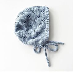 Ravelry: Rigmor's Bonnet pattern by PetiteKnit Baby Bonnet Pattern Free, Baby Hat Knitting Pattern, Baby Hats Knitting, Knitting For Kids, Crochet For Kids, Knitting Patterns Free, Crochet Baby, Knitted Hats, Beanie Pattern