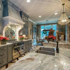2014 Holiday Parade of Homes Kings' Chapel - Arnold Homes by Kay Berry Luxury Kitchens, Home Kitchens, Kitchen Design, Kitchen Decor, Kitchen Sink, Kitchen Ideas, Kitchen Cabinets, Rustic Kitchen, Kitchen Island