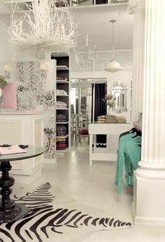 retail-inspiration-design-ideas-liv-chic-furniture 15 Tips for How to Design Your Retail store Boutique Interior, Boutique Decor, Boutique Design, Shop Interior Design, Retail Design, Store Design, House Design, Boutique Ideas, Boho Home