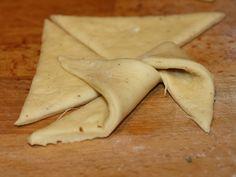 Branzoici - Urmatorul varf in mijlocul triunghiului alatura Ethnic Recipes, Food, Essen, Meals, Yemek, Eten