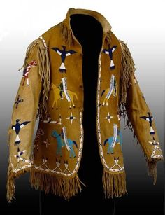 Native American Military-style Jacket -- Late Century -- Photo courtesy of the Peabody Essex Museum. Native American Regalia, Native American Clothing, Native American Beauty, Native American Crafts, Native American Artifacts, Native American Beadwork, American Indian Art, Native American History, American Apparel