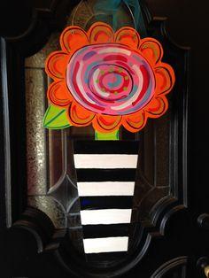 Wood Crafts, Diy Crafts, Flower Cut Out, Whimsical Art, Topiary, Wood Doors, Door Hangers, Door Wreaths, Wooden Signs