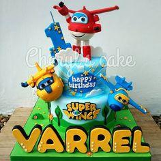 #kulinersemarang #semarangkuliner #semarang #semarangcake #cakesemarang #fondant #fondantdecoration #birthday #birthdaycake #cake #kue #kueulangtahun #kueunik #figurine #cakeporn #foodporn #jualkue #jualankueonline #homemade #freshmadecake #homemadecake #kuesemarang #sugarart #superwingscake #superwings #jett #jerome #donnie