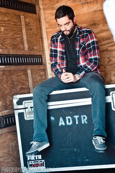 Jeremy McKinnon  A Day To Remember. Love this man.