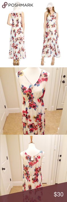 """Jessica Simpson Maternity Maxi Dress XL Jessica Simpson Maternity Maxi Dress XL / great everyday Spring & Summer dress / perfect baby shower dress / fully lined with covered and adjustable straps / 3 tiers / approx 55"""" long / leaves room to grow! Sleeveless V-Neck Maxi Length Empire Waist Watercolor Floral Print Polyester Chiffon Jessica Simpson Dresses Maxi"""