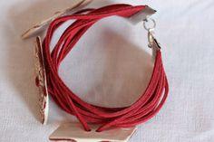 Bracelet suédine, boutons céramique, style bohème : Bracelet par mado-lyne-s