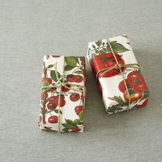 Italian Garden | herbs and veggie gift wrap. Rossi decorative paper collection www.rossi1931.com