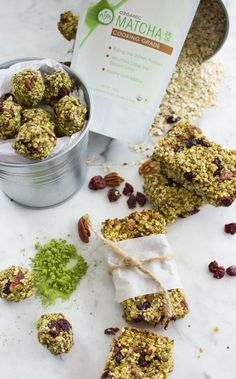 This Banana Matcha Energy Bites recipe is a yummy healthy power loaded energy bar! tastes better than store bought, has no sugar added, vegan and so easy! Healthy Vegan Snacks, High Protein Snacks, Energy Snacks, Energy Bites, Easy Snacks, Healthy Breakfasts, Eating Healthy, Clean Eating, Real Food Recipes