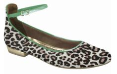 Too Cute for words Leather Flat, animal print & bristle texture!