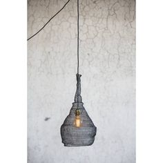 This beautiful and slightly different lampshade for the thought of craft and design. Indoor Outdoor, Iron Wire, Lighting Sale, Royal Design, House Doctor, Home Decor Kitchen, Lampshades, Messing, Lamp Light