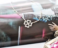 Patagonia Gifts - Four leaf clover silver necklace
