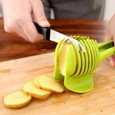 Kitchen Accessories Gadgets Fruits and Vegetables Tools Slice Assistant Tomato Perfect Slicer Vegetable-cutter Kitchen Tools. Cool Kitchen Gadgets, Kitchen Tools, Cool Kitchens, Kitchen Dining, Kitchen Supplies, Kitchen Utensils, Kitchen Stuff, Kitchen Appliances, Smart Kitchen