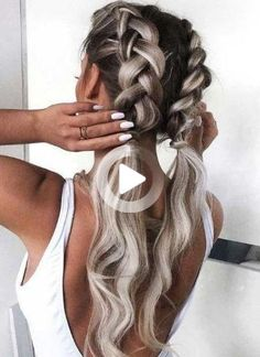 Summer hairstyles can be both trendy and practical. Use this guide to decide how you're going to wear your hair this summer! #shortsummerhairstyles Lob Hairstyle, Down Hairstyles, Summer Hairstyles, Cute Hairstyles, Braided Hairstyles, Hairstyle Ideas, Wedding Hairstyles, Gorgeous Hairstyles, School Hairstyles