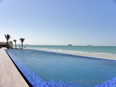 Infinity Pool at Banyan Tree Al Hamra Beach Resort - Ras Al Khaimah, UAE