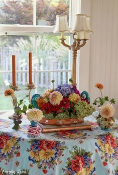 Is It Summer Or Fall? Vintage Lamps, Vintage Decor, Welcome Fall, Happy Labor Day, Candle Stand, Fig Tree, Warm Autumn, Fall Table, Flower Farm