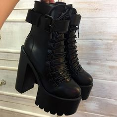 Black Square Heels Platform Boots Ankle Boots Female Lace Up Women Shoes Fashion - shoes Platform High Heels, High Heel Boots, Heeled Boots, Shoe Boots, Black Ankle Boots Heels, Black High Heels, Platform Boots Outfit, All Black Shoes, Boot Heels