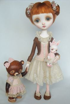 Sally - Original doll by Ana Salvador Love her work - incredible gallery on her site http://www.dragonflyworks.nl/gallery/