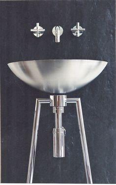 revestimento: Ardósia de Valongo misturadora: Tara da Dornbracht  lavatório+estrutura: Minetti