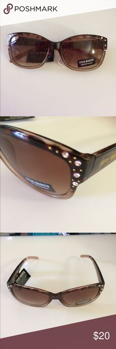 🆕 Steve Madden Rhinestone Sunglasses. 🌟Steve Madden Rhinestone Sunglasses. The rhinestone  accents are at the outer sides of the rims.   Gradient lens.   NO CASE  100% UV Protection   Offers welcome   Thanks for stopping by.   #TM-7/20 Steve Madden Accessories Sunglasses