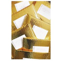 Making all the other mailers at the post office jealous with these gold metallic packages. Sending some of our fall favs to some of our favorite people ✨