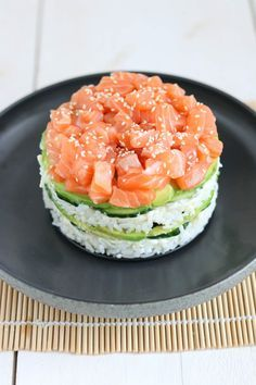 Wine For Sale Online Product Sushi Torte, Sushi Cake, Healthy Snacks, Healthy Eating, Healthy Recipes, Sushi Salad, Sushi Bowl, Sushi Burger, Sushi Sushi