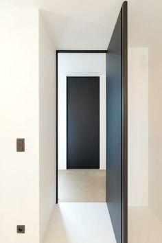 Custom Interior Doors Qualified Modern Interior Doors Custom Made with A Minimalist Door Frame - Stherbb. Custom Interior Doors, Black Interior Doors, Black Doors, Modern Interior, Interior Architecture, Home Interior Design, Design Entrée, Door Design, Aluminium Doors
