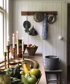 Embrace Autumn the Scandinavian Cottage Way! – The Global Villa Scandinavian Cottage, Scandinavian Furniture, Swedish Decor, Scandinavian Interiors, Dining Corner, Dining Area, Beach Cottage Style, Cottage Chic, Cottage Interiors