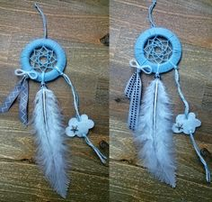 """Duo d'attrape-rêves faits main pour 2 petits frères """"Sur mon petit nuage"""" (by Fannygloo) Couple of handmade dreamcatchers by Fannygloo for 2 little bro' """"On my little cloud"""" Mobiles Diy, Indian Arts And Crafts, Floors And More, Dream Catchers, String Art, Walls, Storage, Crochet, Jewelry"""