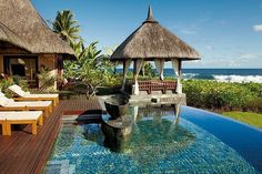 pool or sea: why have to choose! #pool #sea #house