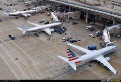 NEW AMERICAN AIRLINES NEW PLANES | American Airlines Boeing 737-800 N908NN