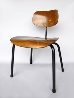 Egon Eiermann, #SE68 Chair for Wilde & Spieth, c1960.
