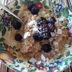 "From @LauramSacco ""Oatmeal with banana, blackberries and coconut!"
