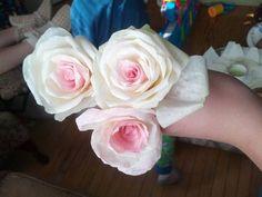 More DIY paper flowers. - Weddingbee