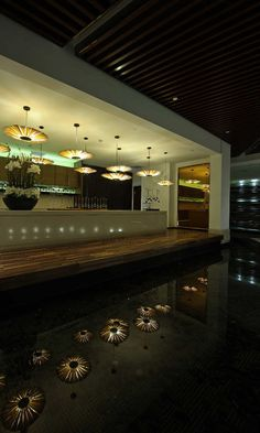 Qing Shui Wan Spa Hotel in Shenyang, China. | This luxury spa club offers natural hot springs, Turkish baths, tea appreciation rooms, many massage and treatment rooms, a hair salon, a cinema lounge and restaurants in addition to their 24 hotel rooms.