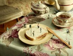 Photographer Imagines Everyday Objects As A World Populated By Tiny Characters…