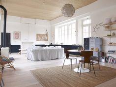 TOUCH this image: Canapé Habitat recouvert d'une housse en lin Merci. by The Socialite Family