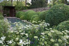 So beautiful - Tom Stewart Smith garden design for Chelsea Flower Show 2012