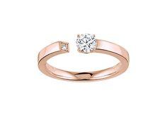 Contemporain et original, le solitaire Enso arbore un diamant central étincelant et comme suspendu par magie grâce à l'anneau ouvert. <br /><br />La monture fil carré en Or rose terminée par un délicat diamant met en valeur la pierre centrale de 0.30 carat, soigneusement sélectionnée pour sa pureté, sa couleur d'exception et la taille parfaite de ses 57 facettes lui conférant un scintillement intense. <br /><br /> ---<br /><br...