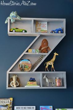 DIY Furniture : DIY Letter Z Shelf