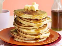 You can guarantee everyone will jump out of bed for a stack of these delicious hotcakes. Sifted Flour, Cooking Recipes, Vegetarian, Canning, Dinner, Bed, Breakfast, Dining, Morning Coffee