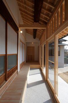 Japanese Modern House, Modern Japanese Architecture, Japanese Home Design, Wooden Architecture, Japanese Interior, Architecture Design, Zen Interiors, House Construction Plan, Prairie House