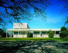 The Menil Collection / Renzo Piano