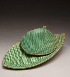 Ellen Currans (Oregon Potters) a leaf plates