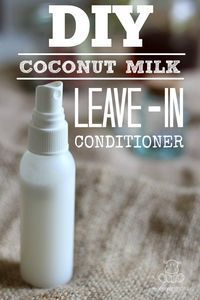 DIY Leave-In Conditioner Its oil can be used to make this three-ingredient shampoo bar , homemade deodorant , tooth whitener , lotion bars. Belleza Diy, Tips Belleza, Damp Hair Styles, Natural Hair Styles, All Natural Skin Care, Natural Oil, Shampoo Johnson, Beauty Care, Beauty Hacks