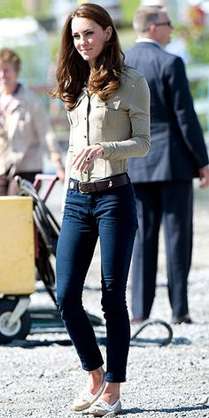 Kate Middleton wearing Sebago Bala boat shoes and a Burberry shirt. still obsessed!